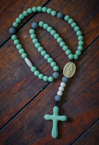 Chews Life Teething Rosary Mint and Gray