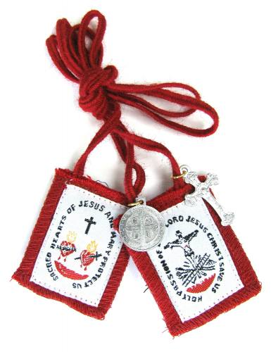 Scapular Red Scapular of the Passion of Christ 100% Wool